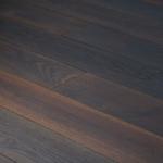 Põrandalaud, täispuidust põrandalaud, faasiga laud, tammelaud, saare põrand, viimistlemata põrandalaud, õlitatud põrandalaud, lakitud põrandalaud, 2-kihiline põrandalaud, põrandalaua lihvimine, põrandalaua pahteldamine, solid flooring, solid plank, oak flooring, ash flooring, lattialauta, viistetty lattialauta, luonnonpuuta, lattialauta umpipuusta, lattialauta tammesta, tammen lattialauta, puuvalmis lattialauta, käsittelemätön lattialauta, saarnilattia, koivulattia, käsitelty lattialauta, vaahteralattia, lakattu lauta, öljytty lattialauta, kaksikerrosrakenteinen lattialauta, 2-kerroksinen lattialauta, kolmekerrosrakenteinen lattialauta, 3-kerroksinen lattialauta, lattialaudan hionta ja lakkaus, lattialaudan silottelu, половая доска, половица, массив, доска из массивного дерева, половая доска без отделки, отделка доски, лакированная доска, обработать маслом, промасленная половая доска, паркетный лак, тонировка доски, паркетный клей, клей для доски, циклёвка доски, шлифовка доски, шпатлевка, установка , обработка половой доски , дубовая доска , дуб, ясень, тик, береза, клён, экзоты.